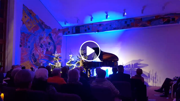 Adventskonzert 2018 Mit Dem Blinden Pianisten Anton Belousov